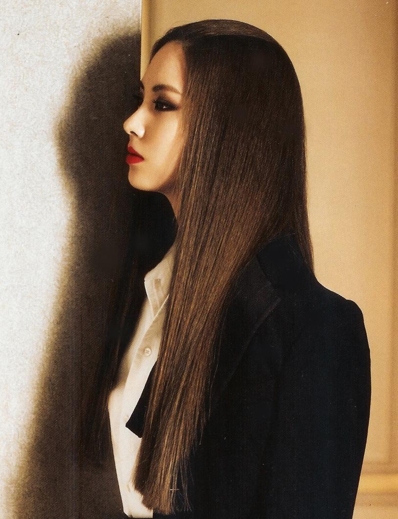 Snsd Seohyun Airport Fashion: [PICS][170911] Seohyun @ Vogue Magazine October Issue